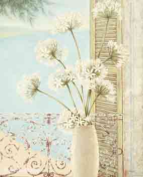 על עדן החלוןרומנטי ים נוף אגרטל פרחים לבנים