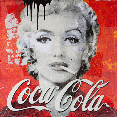 מרלין מונרו - קוקה קולה-Marilyn_Smokes_Coca_Cola
