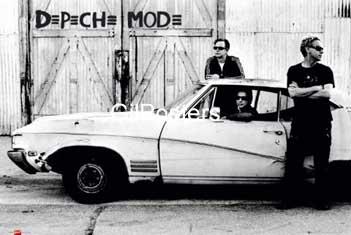 דה פש מוד  de peche mode שחור לבן