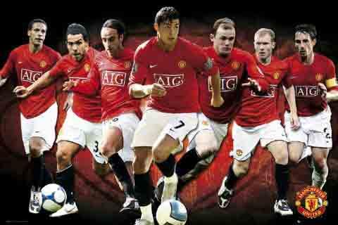 מנצ'סטר יונייטד Manchester Unitedאיצטדיון סמל Manchester United מנצסטר יוניטד קבוצה שחקנים אדומים כדורגל ספורט מנצח אנגליה