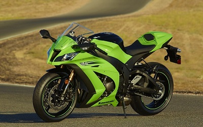 kawasaki ninja_ kawasaki_in_the_sun_motorbike_green_kawasaki_ninja