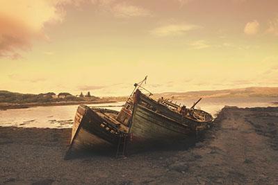 סירות  ישנותספינה ישנה    סירה ישנה 129   _boat_on_the_beach