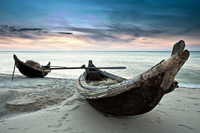סירותספינה ישנה סירה ישנה