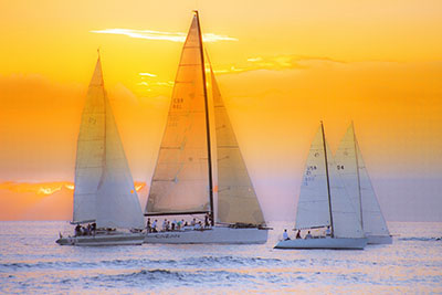 סירות מפרש שקיעהסירות סירה מפרש שקיעה