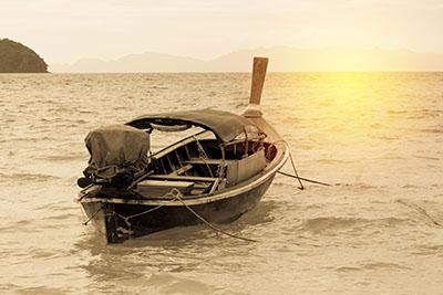 סירה   סירות   סירה   שקיעה
