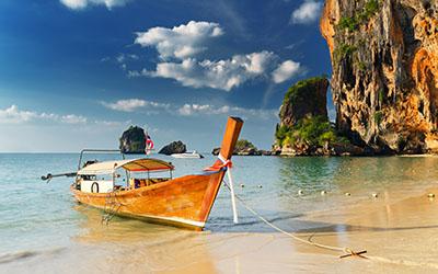 סירה וחוף - תאילנדסירה וחוף - תאילנד