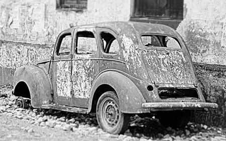 מכונית ישנה