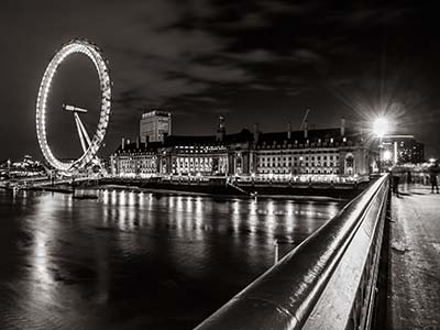 London Eye - לונדון   גשר  _London_Eye,_Black_and_White,_Night