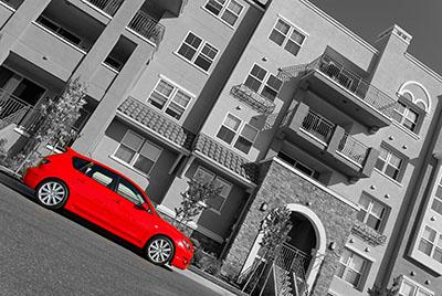 מכונית אדומה  נגיעות צבע