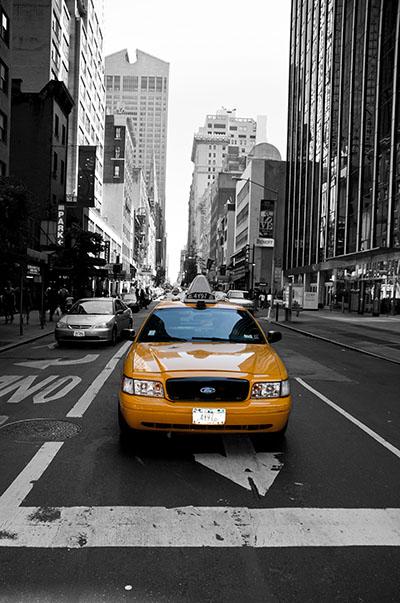 מנהטן  -  מונית צהובהמנהטן  -  מונית צהובה   נגיעות צבע