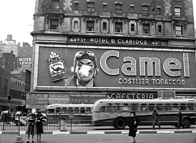 ניו יורק   New York City_1943_time_sqere_smoke