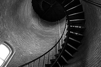 מדרגות לולינייות