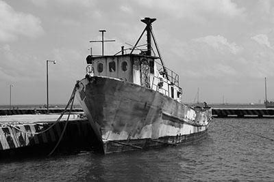 ספינה  סירה ישנה  ספינה ישנה