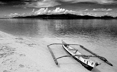 סירה  סירה ישנה  ספינה ישנה  Old Banca Boat Snake Island Palawan