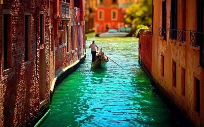 ונציה גונדולה איטליה   Gondoles Venice Italyונציה גונדולה איטליה   Gondoles Venice Italy