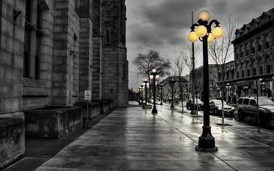 פנסים צהובים  street city at eveningstreet city at evening      - נגיעות צבע