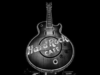 hard rock cafeמוזיקה - טרנס   מוסיקה electric-guitars גיטרות  _hard_rock_cafe_las_vegas