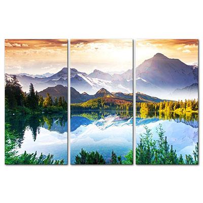 נוף הרים אגם