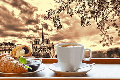 כוס קפהכוס קפה  צרפת  פריז  _Coffee_Croissant_France