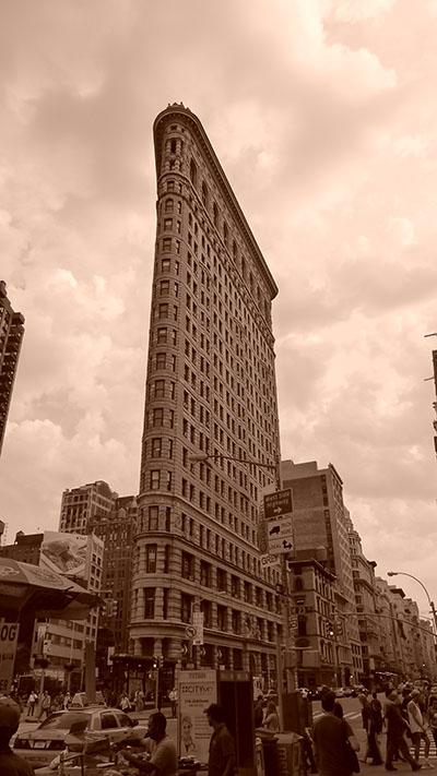 בניין פלטירון  - ניו יורק_Flatiron_buildin_vintage_style
