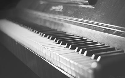 פסנתר     _old_vintage_piano