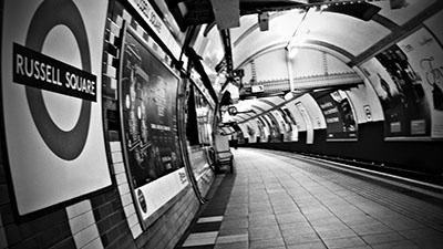 לונדון - תחנת רכבת תחתיתrussell_square_station_london