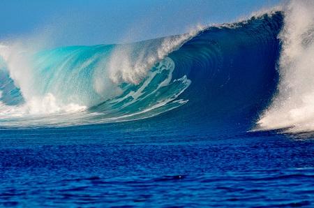 גליםגלים  waves