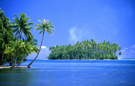 ים אי טרופי island  ים אי טרופי