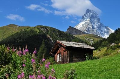 בקתה בהריםבקתה  הרים נהר עצים עץ autumn_river_mountains_trees