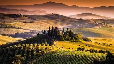טוסקנה תמונות של שדות צילומים טוסקנה   tuscany sunset sky crops fields wine italy