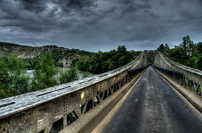 גשרגשר