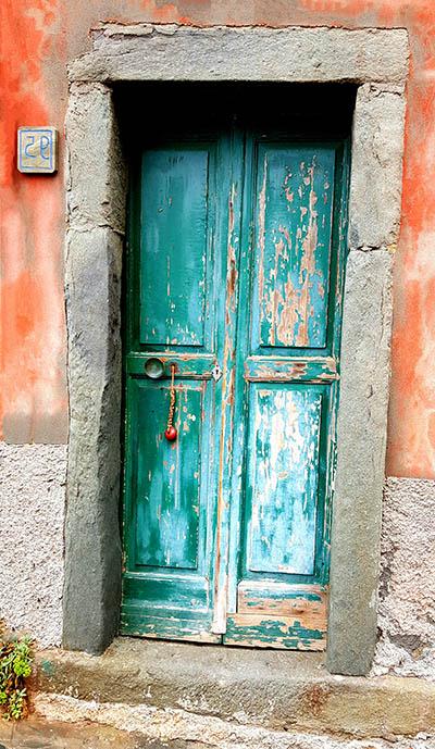 דלת ישנהדלת ישנה