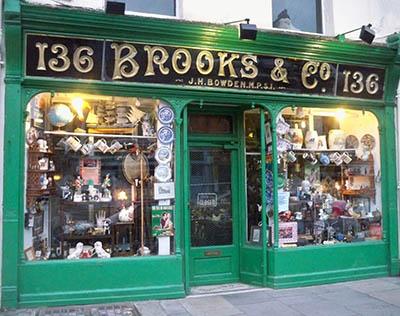 חנות עתיקותחנות עתיקות_brooks-co