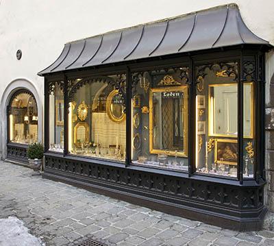 _Window_of_old_shop_Vienna