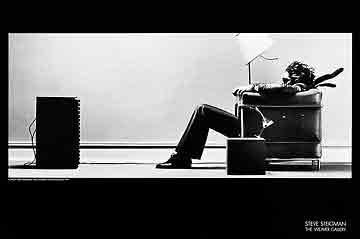 Blown Awayמוסיקה נגנים גאז ג'ז  שחור לבן מיקרופון רדיו די גיי מסיבה חברים