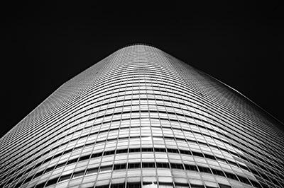 בנין - טוקיו_caretta-shiodome-tokyo
