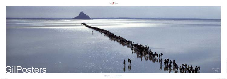 עליה לרגל - סאן מישלצרפת  ים הר כנסיה מגדל טירה אנשים שפל
