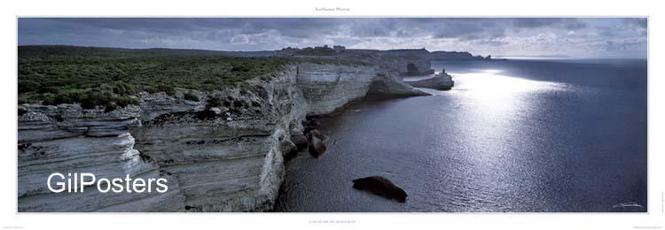 צוק על המים - בונפציוהר מים צוקים נוף צילום טבע כחול