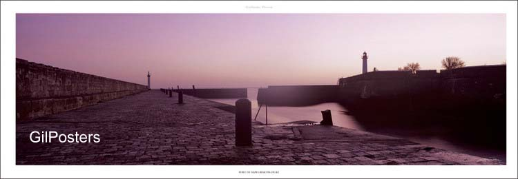 נמל סנט מרטיןצרפת  ים אי מגדלור נקודה כחול איים שלווה סערה צוק גלים סוערים