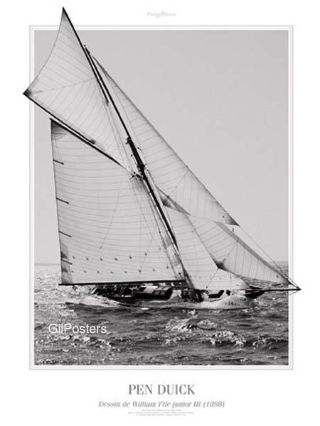 מפרששחור לבן נהר יאכטה ספינה מפרשית ערפל ים נחישות מהירות גלים