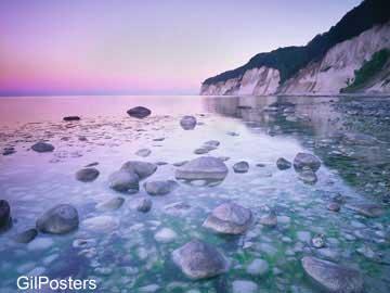 סלעים בים סגלגלטבע אבנים חוף פסטורלי טבע נוף
