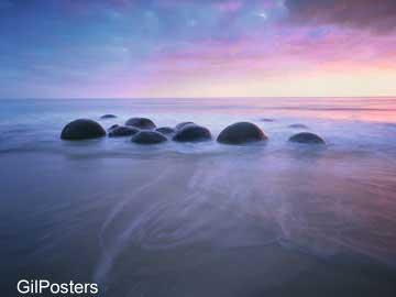 סלעים כיפתיים ביםטבע אבנים חוף פסטורלי טבע נוף