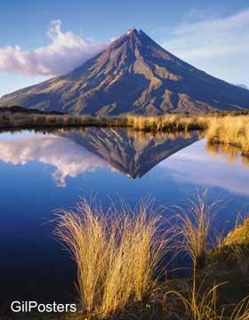 הר אגמונט - השתקפותטבע חול גבעה הר חוף פסטורלי כתום  נוף חום