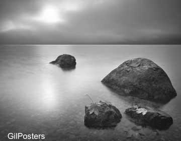 סלעים 2שחור לבן טבע  חוף פסטורלי  נוף ערפל
