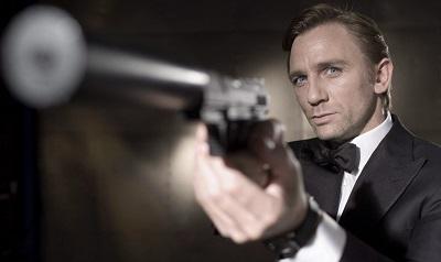קזינו רויאל  Casino Royale  James Bond  - תמונה על קנבס,מוכנה לתליה.קזינו רויאל  Casino Royale  James Bond