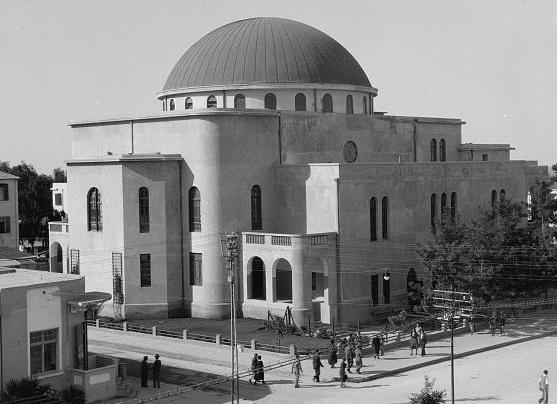 בית הכנסת הגדול- תל אביב  - תמונה על קנבס,מוכנה לתליה.בית הכנסת הגדול- תל אביב
