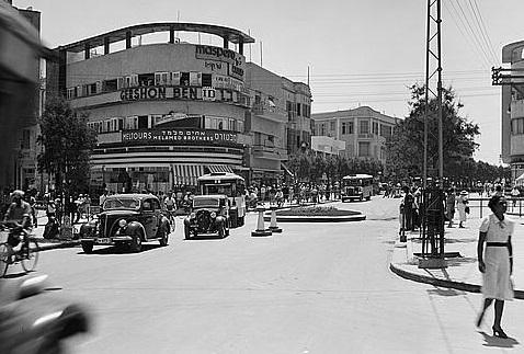 תל אביב - רחוב אלנבי כיכר  - תמונה על קנבס,מוכנה לתליה.תל אביב רחוב אלנבי כיכר