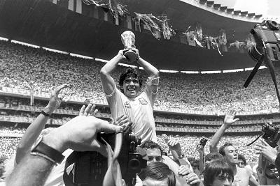 מרדונה maradona   -  תמונה על קנבס,מוכנה לתליה.מרדונה maradona